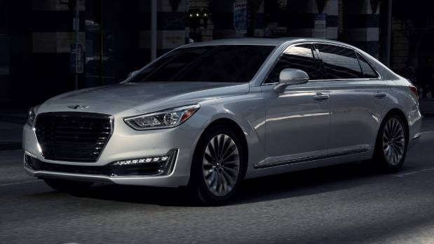 hyundai 39 s luxury brand is born with genesis g90. Black Bedroom Furniture Sets. Home Design Ideas