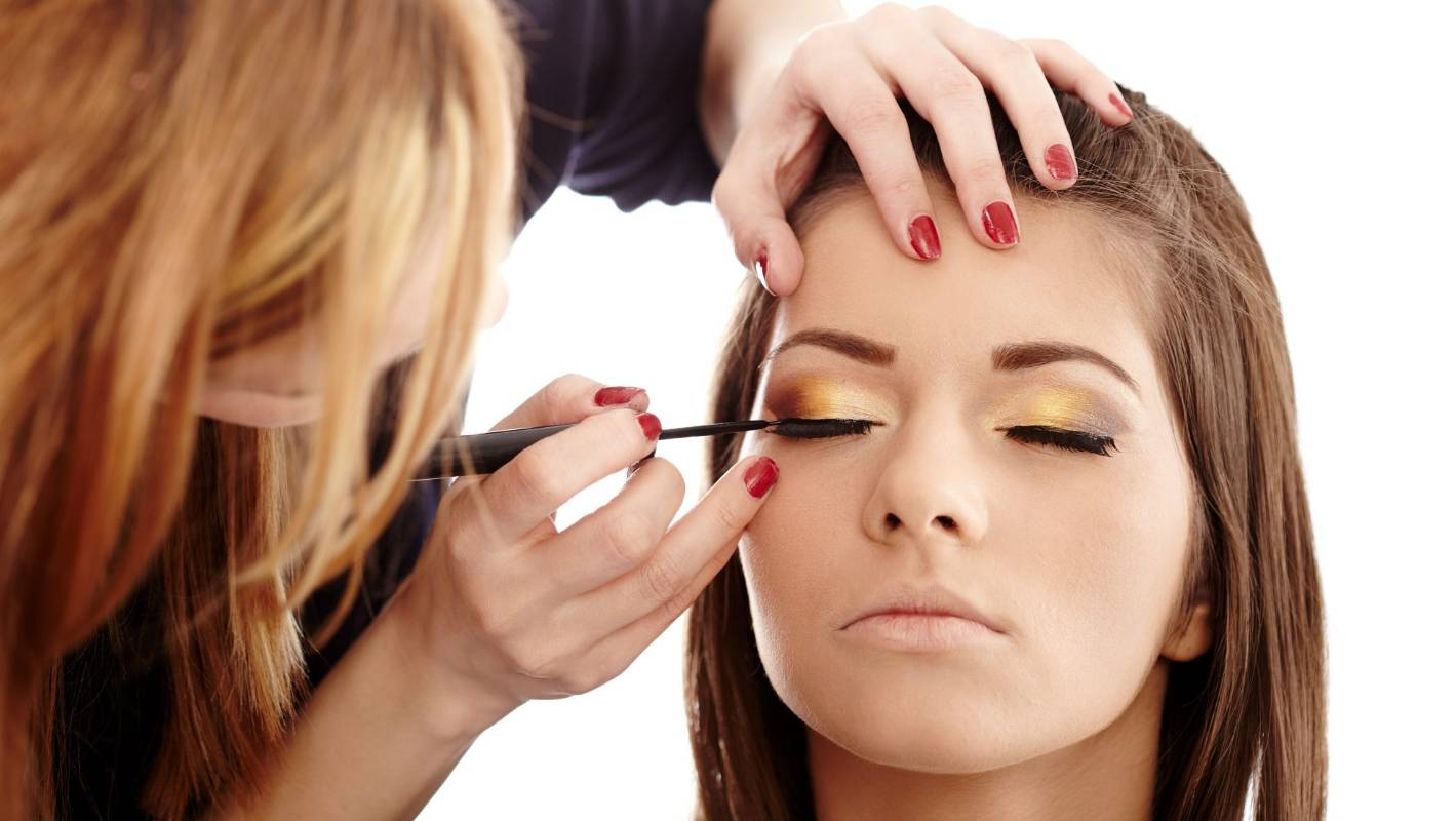 Want to get your makeup professionally done? Here's what you should know | Stuff.co.nz