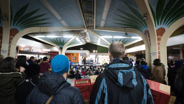 Mangere Town Centre was packed as people cheered speakers including Labour MP S'ua William Sio.