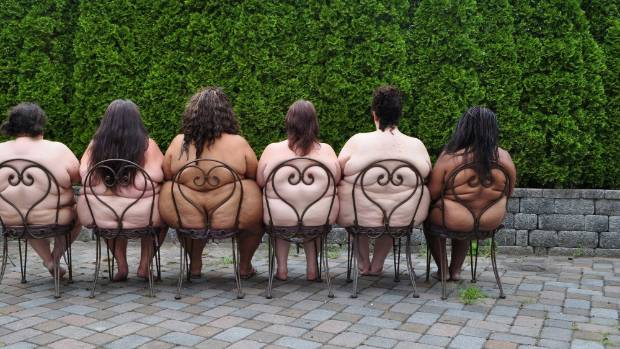 Jones photographed these fat women in a New Jersey garden.