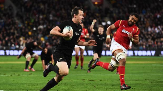At wing or fullback Ben Smith proved a big handful for Wales during the June series.