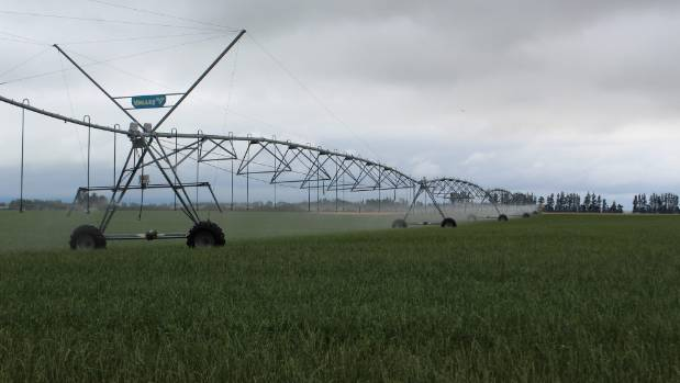 Why isn't Environment Canterbury clamping down on water abusers whose actions are reflecting on responsible irrigators too?