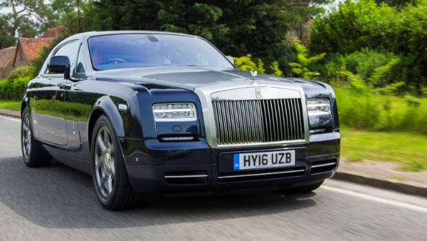 how to create your very own rolls royce. Black Bedroom Furniture Sets. Home Design Ideas