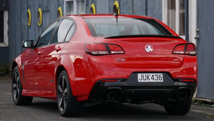 Black Edition adds some colour to Holden Commodore SV6 | Stuff co nz