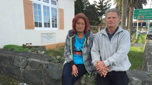 Peter and Pahimata Benson are struggling to clear debt clocked up at mobile shop companies.