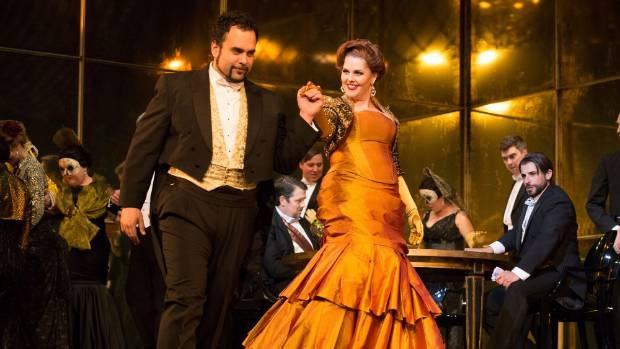 Emotional Homecoming For Kiwi Opera Singer Stuffconz