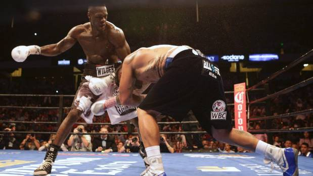 American Deontay Wilder had too much power for Chris Arreola in their WBC title fight.