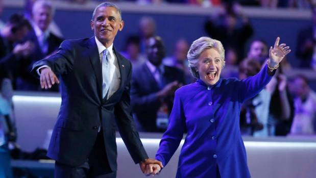 US President Barack Obama and Democratic presidential nominee Hillary Clinton have shown a united front on the campaign ...