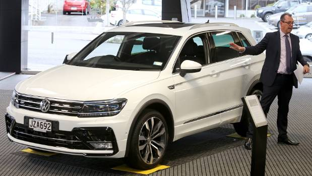 volkswagen tiguan prowls new zealand before its official launch date. Black Bedroom Furniture Sets. Home Design Ideas
