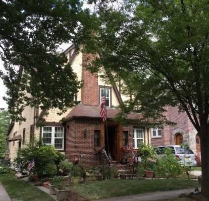 trump 39 s childhood home in queens on the market for