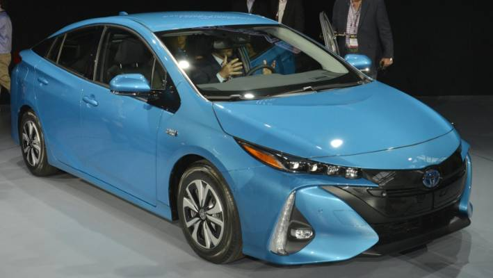 Toyota S Prius Prime Goes On Display At The 2016 New York International Auto