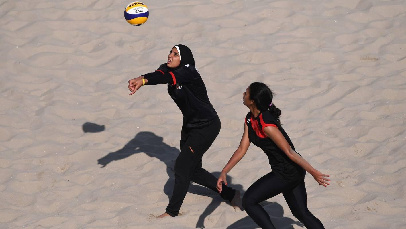 Evolution Of Women S Beach Volleyball Uniforms Stuff Co Nz