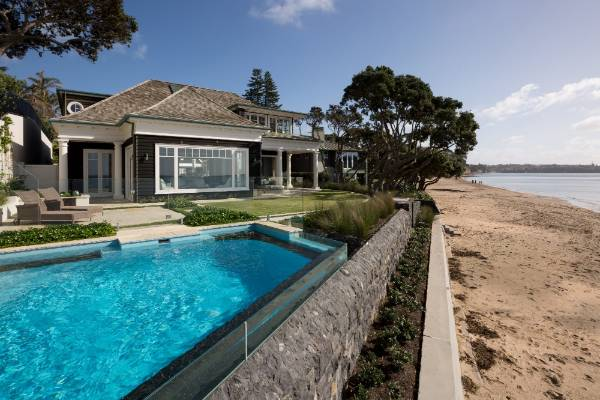 master builders judge auckland s best new house and renovation