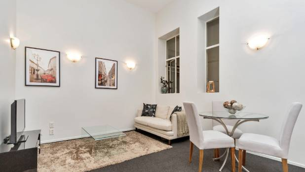 This Apartment In The Guardian Building Queen Street Auckland Is Just 35 Square