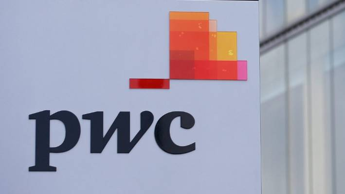 The joy of being fired - PwC accountant graduate in UK