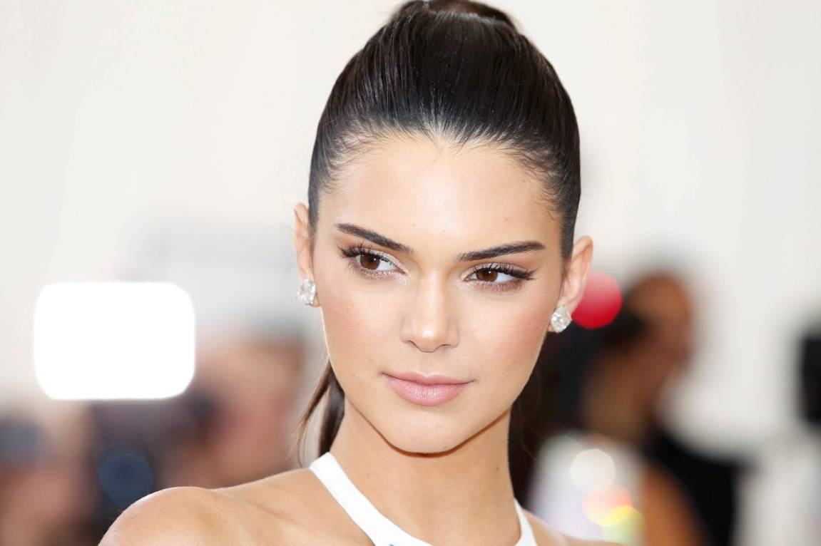 Kendall Jenner Opens Up About Struggle With Trypophobia Stuff Co Nz