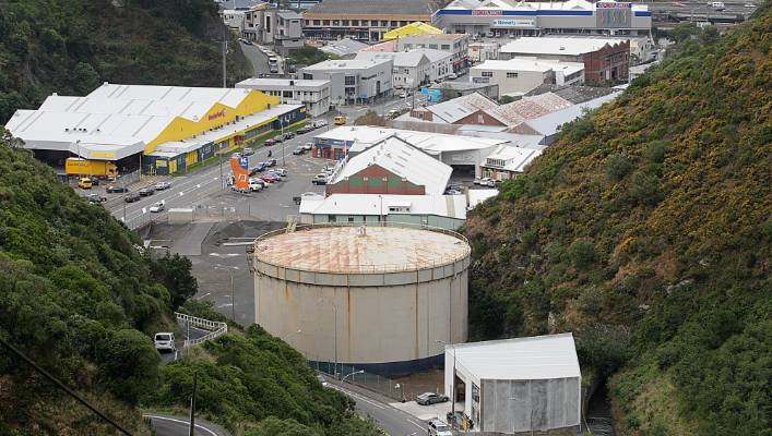 What was that noise? Wellington residents baffled by loud, late