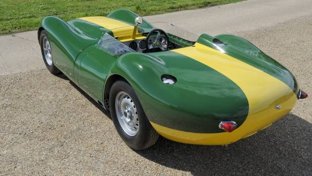 Lister Knobbly Revives Stirling Moss Racer For A Cool Nz 1