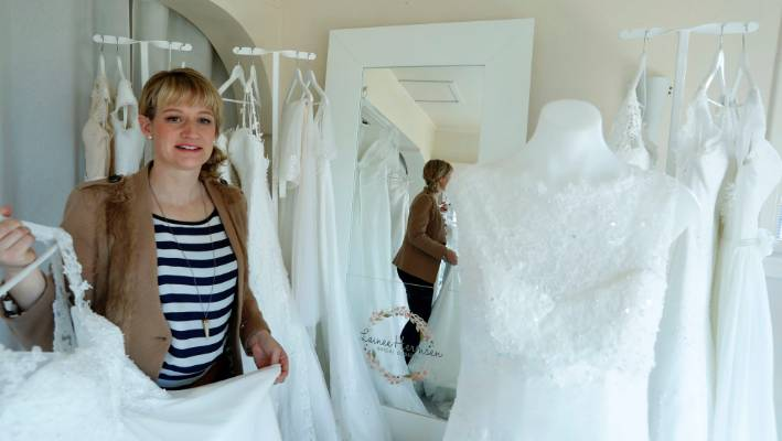 Nelson S Lainee Hermsen Bridal Design Goes To China Stuff Co Nz