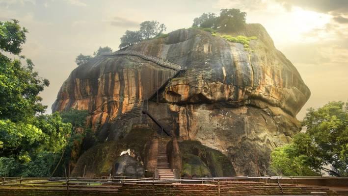 Sigiriya Rock Sri Lanka S Must See Ancient Site Stuff Co Nz