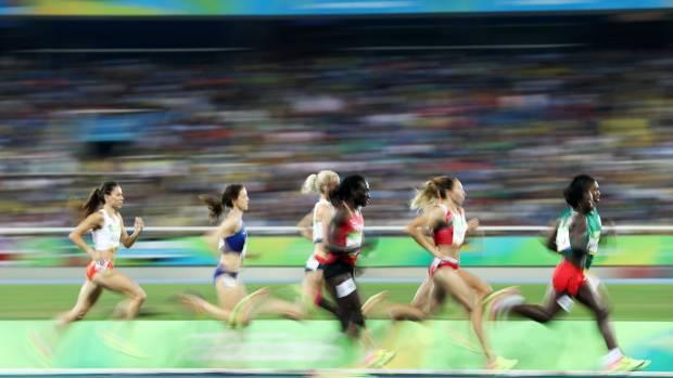 Semenya leads the field during the Women's 800 metre final.