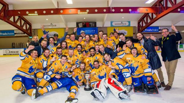 Southern Stampede celebrate going back-to-back in the Birgel Cup.