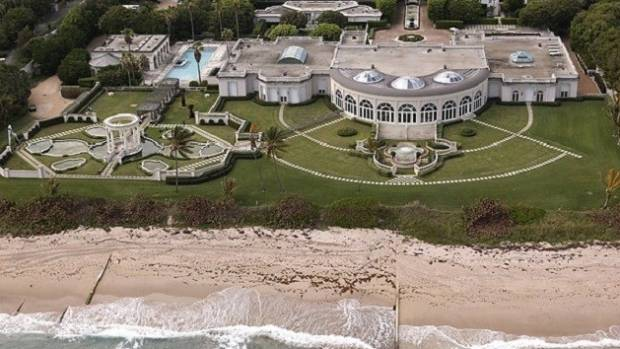 Maison de l'Amitie, formerly owned by Donald Trump and sold for $95m in 2008, is now being demolished by its Russian ...