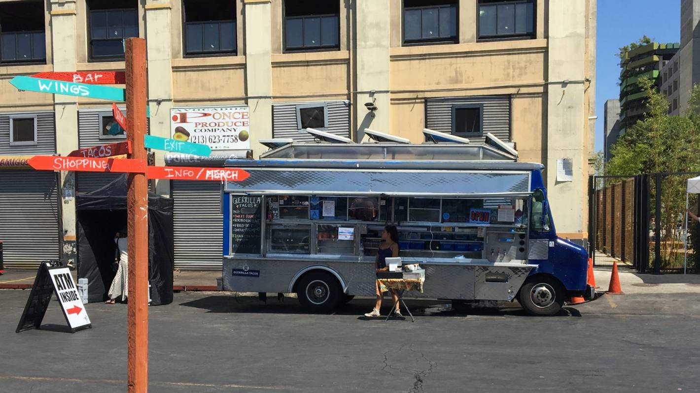 6152f2b9de1e3 Seeing Los Angeles one meal at a time