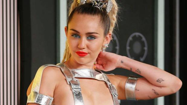 "Miley Cyrus: ""D&G, I strongly disagree with your politics."""