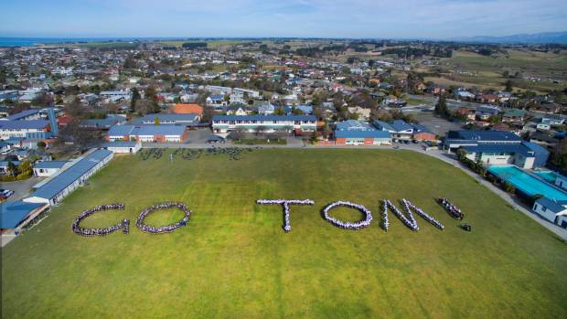 Timaru Boys' High School showed their support for Tom Walsh during the Rio Olympics.