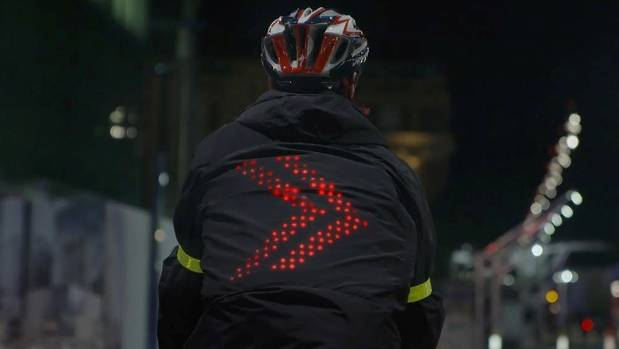 The smart jacket automatically lights up when it's time for cyclist to turn.