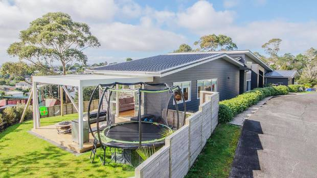 This Glen Eden home sold for $1.16m.