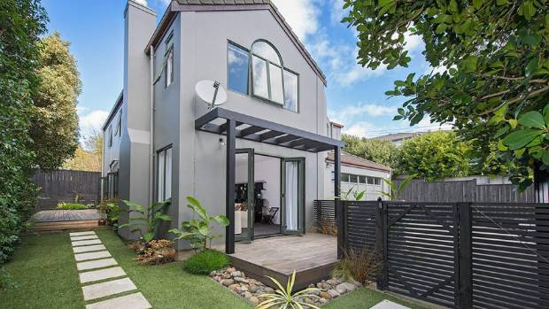 This Takapuna property sold for $1.08m.
