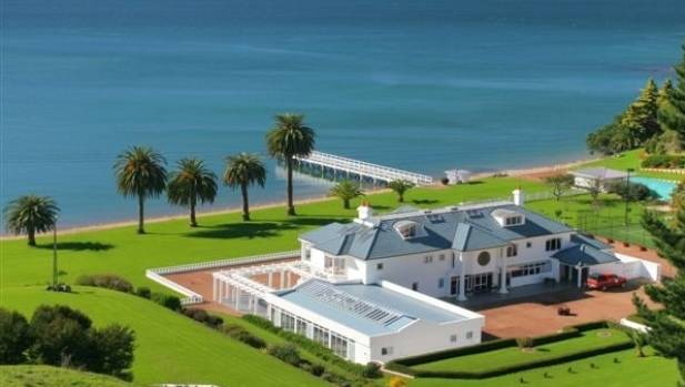 Five of the most luxurious mansions for sale in auckland for Luxury homes for sale new zealand