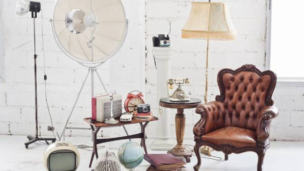 On-line retailers and auction sites can be a great source for vintage finds, but it's often a challenge to assess the ...