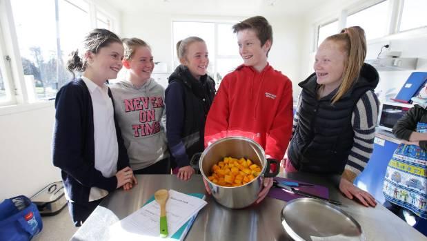 Limehills school students Hannah Thorburn, 12, Georgia Hart, 11, Bella Dykes, 13, Jack Churstain, 12, and Tayla ...