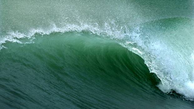 A Kiwi buoy recorded the largest ever wave in the Southern Hemisphere on Saturday. (file photo)