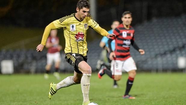 Gui whiz, Finkler's the Wellington Phoenix's free-kick