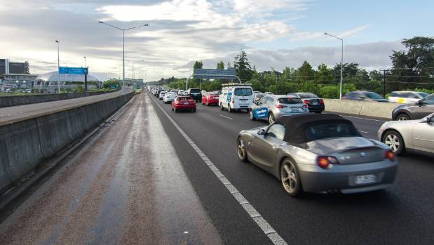 Each year, more than 40,000 motor vehicles join the more than 1 million vehicles already on Auckland roads.