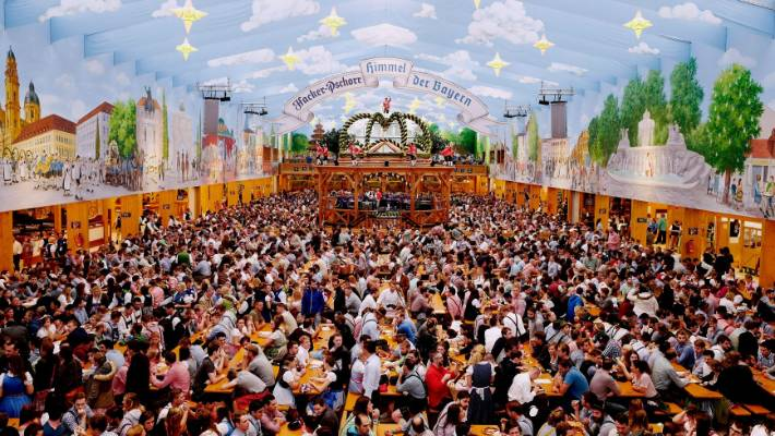 Visitors wait for the kick off the 2016 Oktoberfest beer festival in the Hacker-Pschorr & I grew up in Munich; here are my top tips for tackling Oktoberfest ...