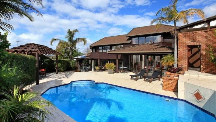 This St Heliers Property Has The Perfect Pool To Splash Around In This  Summer.