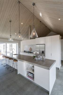 Modern Country Kitchen Doesn 39 T Compromise Quality For Low