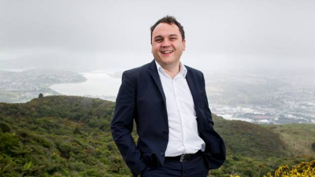 Former Porirua Mayor Nick Leggett has announced he is quitting Labour for National.