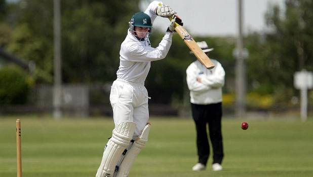 Greg Loveridge playing cricket for Central Districts.
