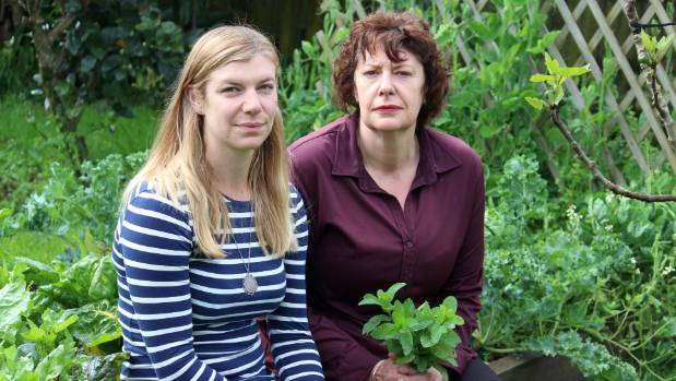 Jessie and Claire Stewart have had their herbs stolen. But they're not the thief's first victims.