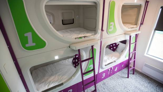 new zealand 39 s first pod hotel could halt sleepovers at christchurch airport. Black Bedroom Furniture Sets. Home Design Ideas
