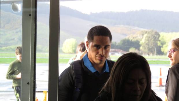 disgraced all black aaron smith back in new zealand after suspension over toilet tryst. Black Bedroom Furniture Sets. Home Design Ideas