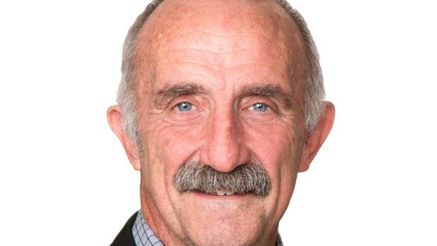 Far North District Council mayor John Carter is working together with the mayors of Gisborne and Rotorua on a plan to ...