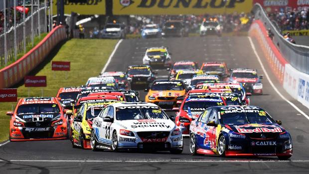 The 2016 Bathurst 1000 gets underway at Mt Panorama.