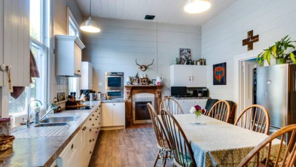 There is also a large farmhouse kitchen.